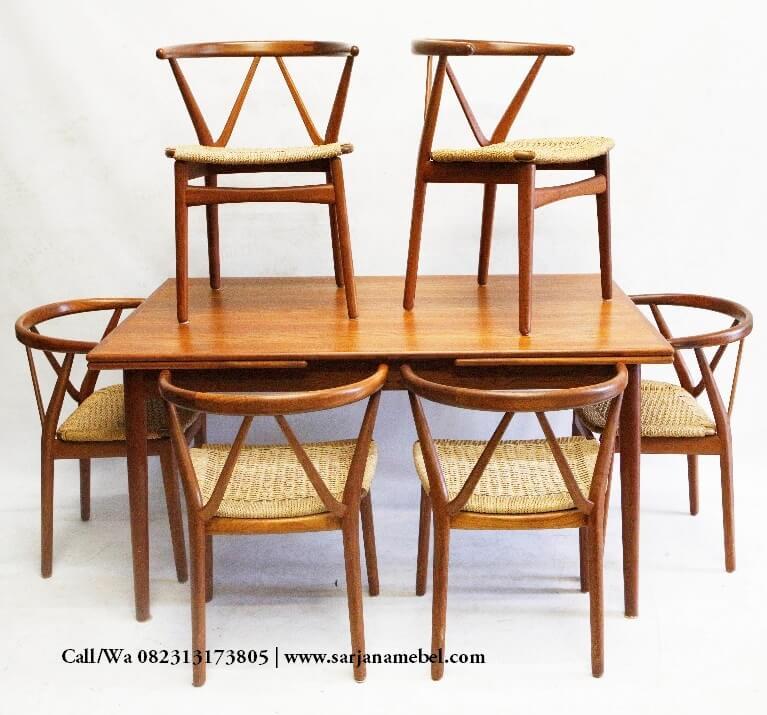 Kursi Cafe Antik Model W