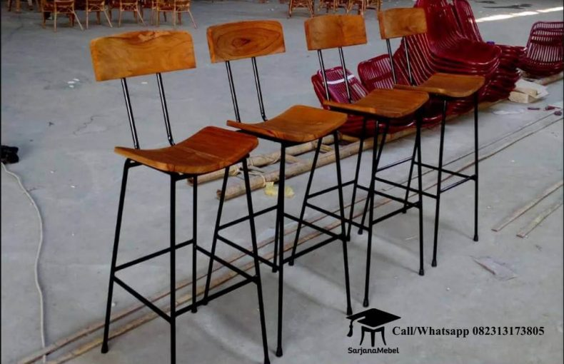Gambar Kursi Bar Rangka Besi Lengkung
