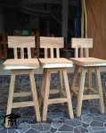 Kursi Bar Stool Kayu Trembesi