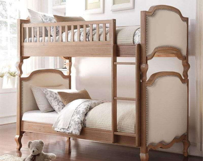 Tempat Tidur Tingkat Model Klasik