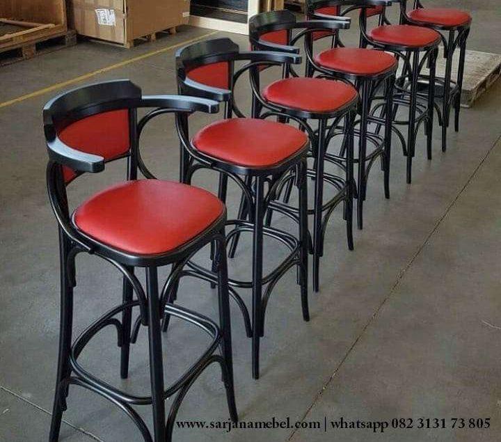Gambar Kursi Bar Cafe Kayu Jati Model Terbaru