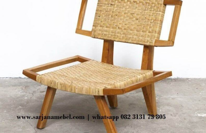 Kursi Santai Lobi Model Retro Mix Anyaman Bambu